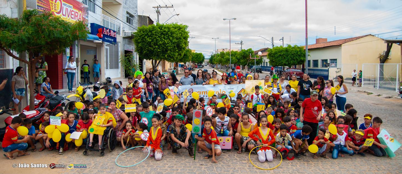 Caminha da E.M.J.G.N em alusão ao Maio Amarelo em Solidão – Foto: João Santos/ Divulgação