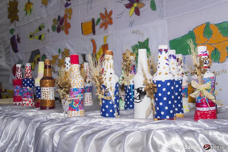 Artesanatos confeccionados pelos próprios idosos ficaram em exibição