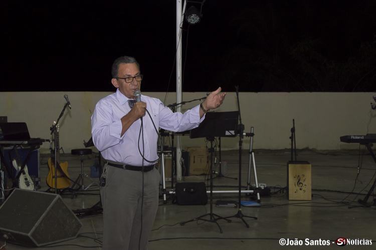 Prefeito Djalma Alves durante seu pronunciamento