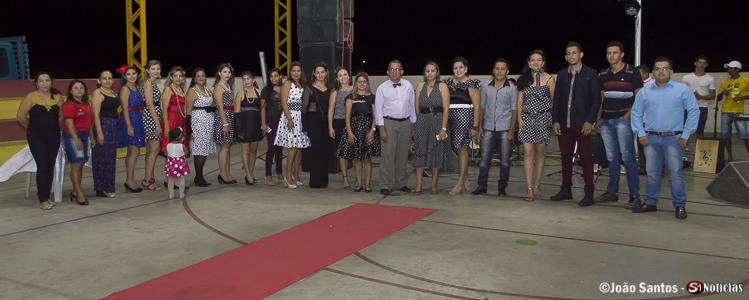 Equipe do CRAS e CREAS juntos ao Prefeito Djalma Alves