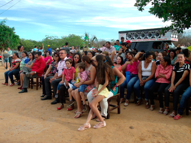 A missa contou com um grande público de fiéis – Foto: Blog do Veras