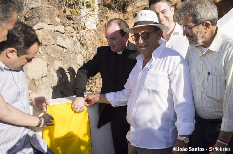 Djalma Alves e autoridades inaugurando a Escadaria do Cristo Ressuscitado