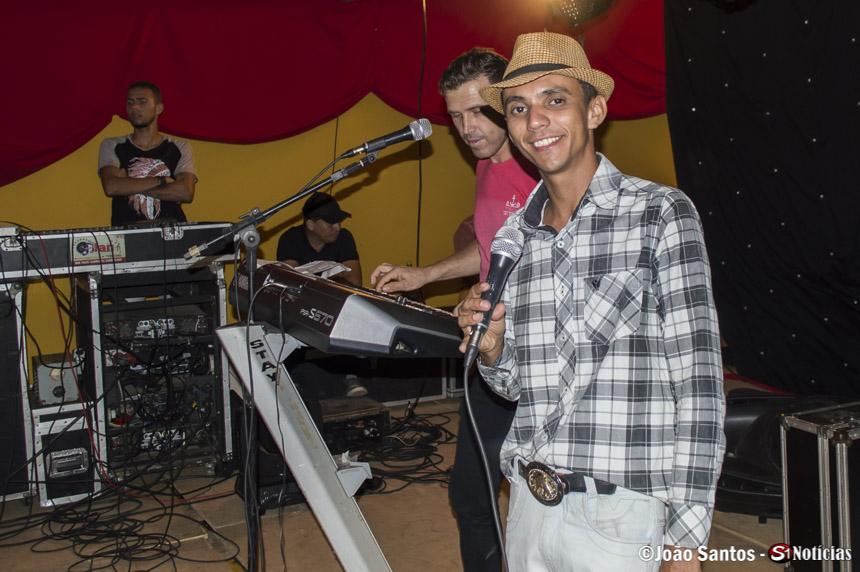 Vanilsom dos Teclados durante show