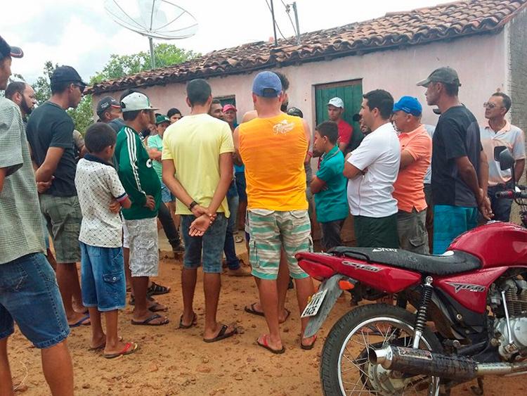 H.J foi atingida com três golpes na região torácica e um na cabeça – Foto: Blog Cauê Rodrigues/ Reprodução