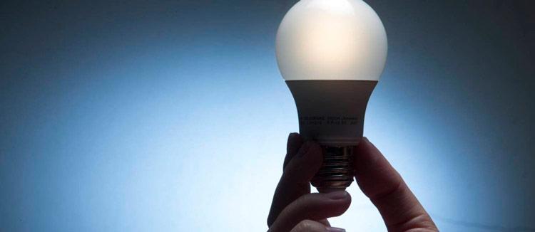 Deve-se analisar o perfil de uso de eletricidade na residência antes de optar pela nova modalidade – Foto: Reprodução