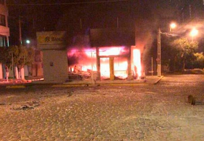 Agência do Banco do Brasil após o assalto – Foto: Reprodução