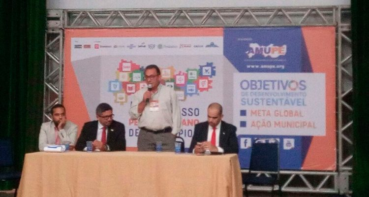 Djalma Alves representa prefeitos do Pajeú na abertura do Projeto Gestão Cidadã