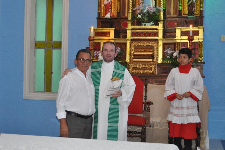 Prefeitura de Solidão na missa do mês Mariano em Solidão – Foto: João Santos/ S1 Notícias