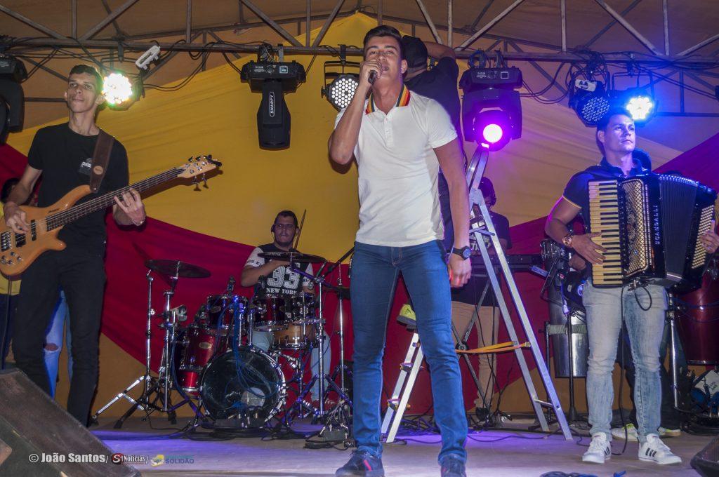 O Solijoão contou com show de Michel Júnior