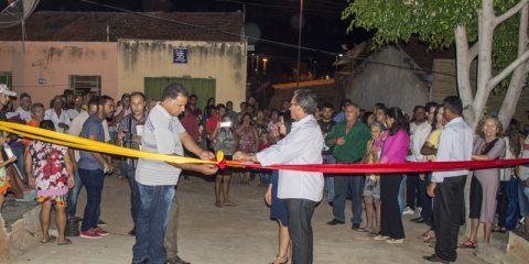 Prefeitura de Solidão inaugura aberturas de ruas