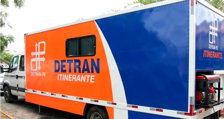 Unidade itinerante do Detran-PE - Foto: Paulo Maciel/Detran
