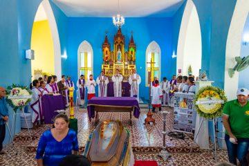 Missa de corpo presente de Pe. Genildo Herculano – Foto: João Santos