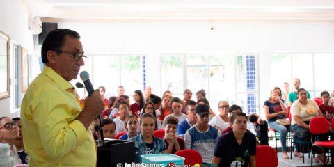 Djalma Alves paga 13° dos efetivos e inativos em Solidão