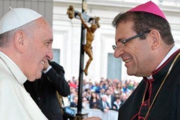 Papa Francisco aceita pedido de demissão de bispo brasileiro