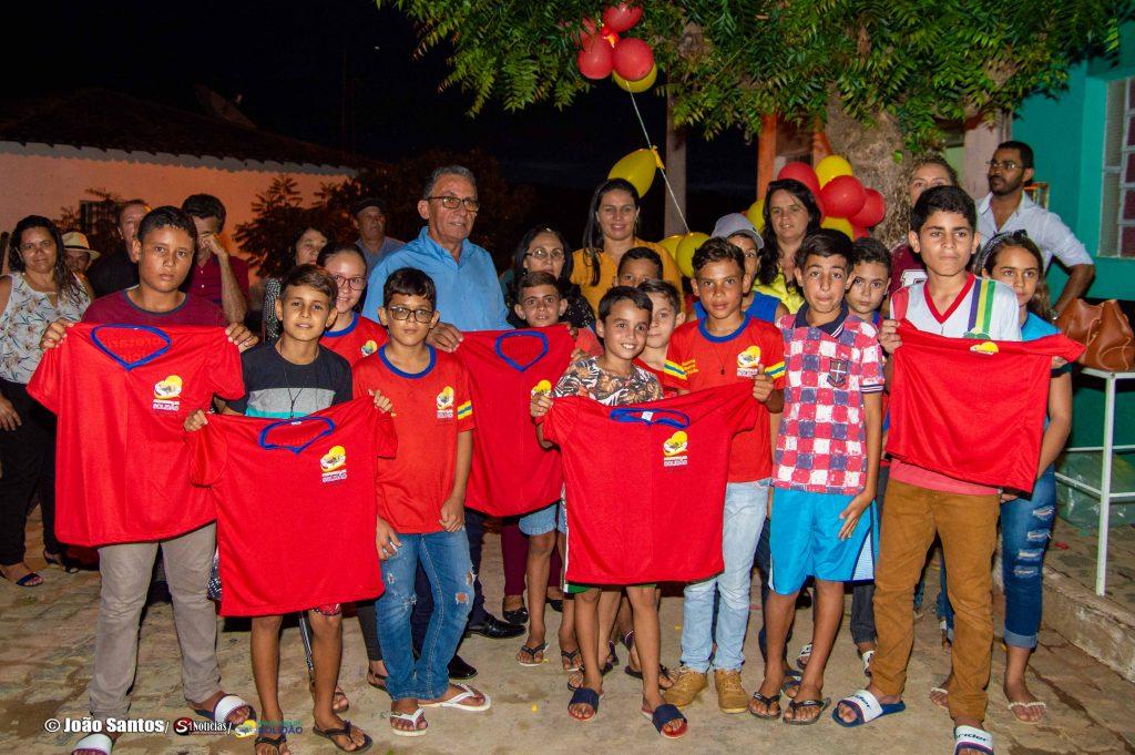 Prefeitura entrega fardamento escolar – Foto: João Santos/ S1 Noticias