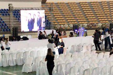 Velório de Gabriel Diniz foi restrito a amigos e família nas primeiras horas desta terça-feira no ginásio Ronaldão, em João Pessoa — Foto: Ítalo de Lucena/TV Cabo Branco