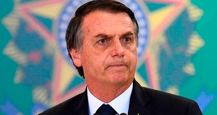 """Bolsonaro defende trabalho infantil e diz que """"não prejudica em nada"""""""