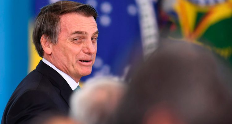 """Bolsonaro diz que """"só tá faltando crescer um pouquinho a cabeça"""" para se tornar Nordestino"""