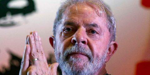Transferido para Tremembé, Lula teria de raspar cabelo e tirar barba