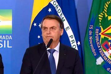Bolsonaro defende 'impor' escolas cívico-militares para cidadão não depender de programas