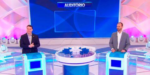 Políticos usam verba pública em 'caravana' para show de Silvio Santos