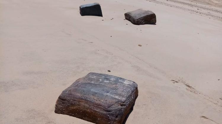 Caixas misteriosas de navio da 2ª guerra mundial aparecem no Nordeste
