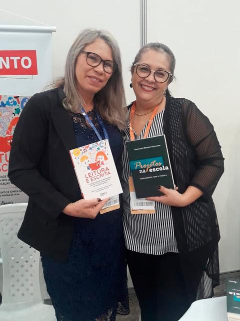 Professoras de Solidão lançam livro no VI CONEDU em Fortaleza