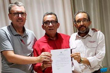 Djalma Alves junto ao Prefeito de Juru visa Projeto que ligará com rodovia os 2 Municípios