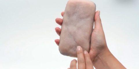Franceses desenvolvem capa de celular com pele humana sintética