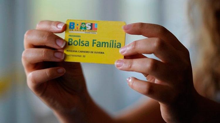 Bolsonaro não prevê novos atendidos pelo Bolsa Família em 2020