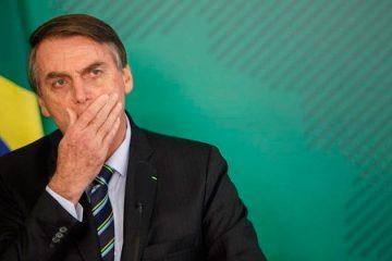Bolsonaro diz que situação do Enem é 'complicada' e fala em sabotagem