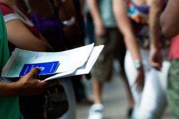 Desemprego dos pais empurra filhos mais cedo para o mercado de trabalho