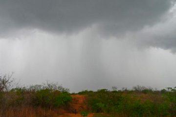 Inmet mantém alerta de chuva forte para Sertão e Agreste