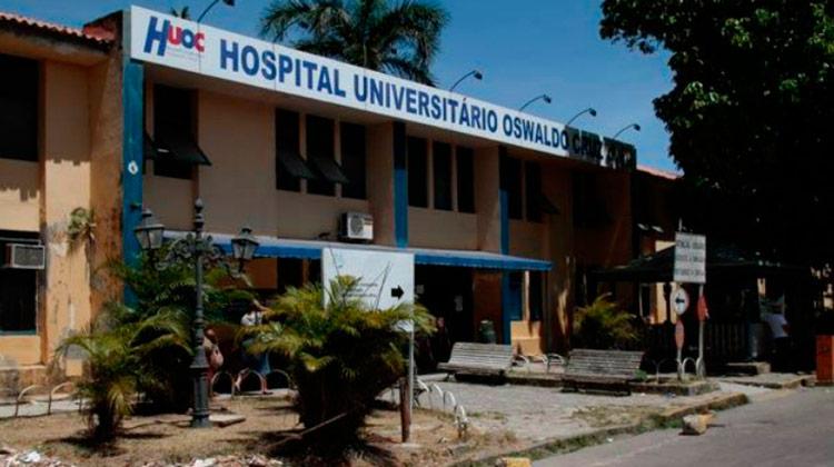 Hospital Oswaldo Cruz (Foto: Edmar Melo/ JC Imagem)
