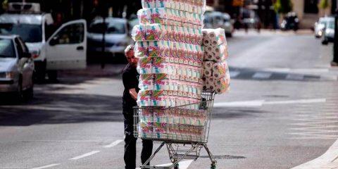 Por que o papel higiênico está se esgotando no mundo com o coronavírus