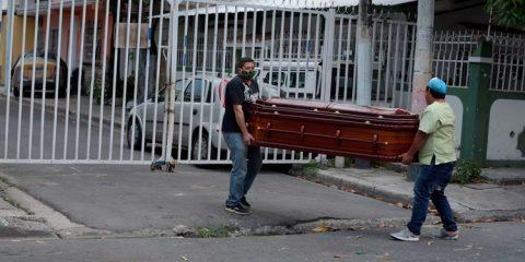 Covid-19: Mulher de 37 anos é a vítima fatal mais jovem do Pernambuco