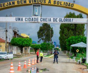 Prefeitura de Solidão monta barreiras de prevenção e combate ao Covid-19