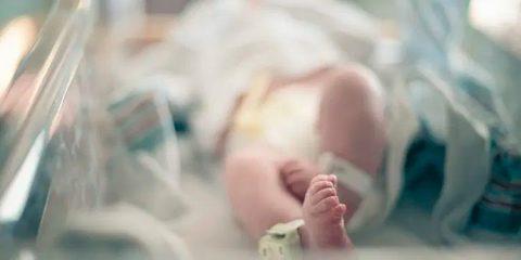 Bebê de quatro meses morre com Covid-19 na Bahia