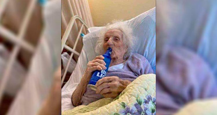 Mulher de 103 anos comemora cura do coronavírus bebendo cerveja