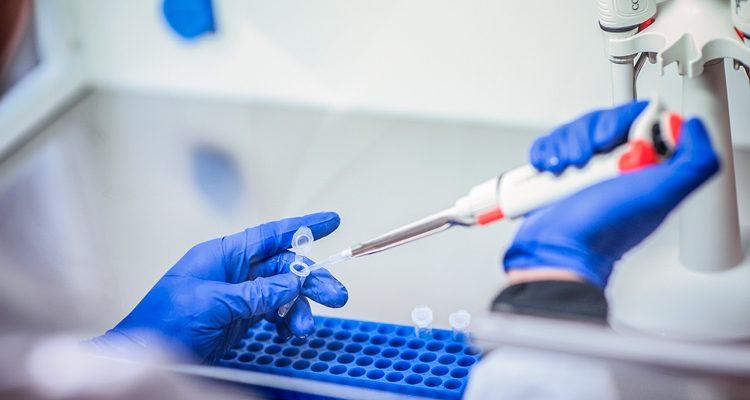 Brasil vai testar vacina contra Covid-19 desenvolvida no Reino Unido