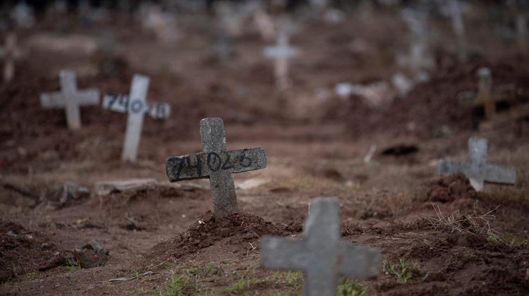 Em três meses, Covid-19 mata tantos brasileiros quanto Guerra do Paraguai