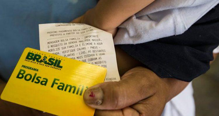 Governo retira R$ 83 milhões do Bolsa Família e destina à comunicação