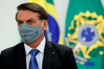 Presidente Jair Bolsonaro testa positivo para a Covid-19