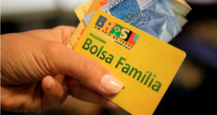 Quinta parcela de R$600 do Bolsa Família começa saques no dia 18