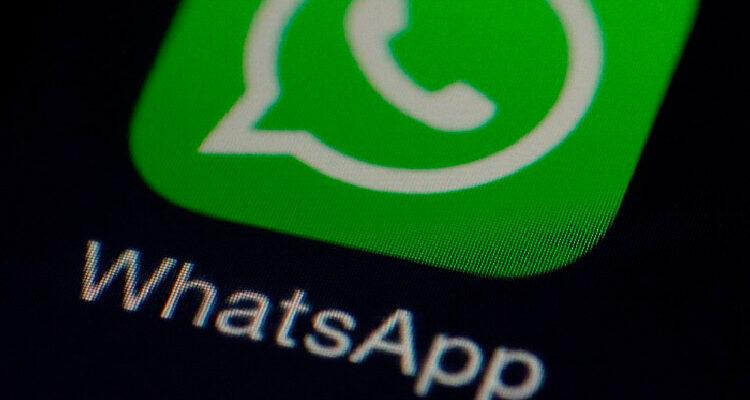 WhatsApp inclui atalho para pesquisa no Google em mensagens encaminhadas