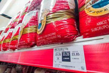 Preço do arroz sobe 18% e óleo de soja fica 27,5% mais caro em setembro, aponta IBGE