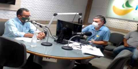 Prefeito de Solidão, Djalma Alves estive no Debate das Dez da Radio Pajeú