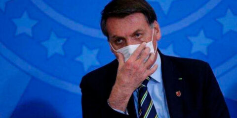 Bolsonaro tenta sabotar medidas contra Covid-19