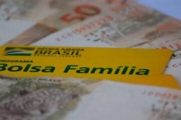 Bolsa Família ganha NOVAS regras e valor a partir desse mês