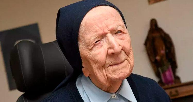 Freira de 116 anos, a segunda pessoa mais velha no mundo, supera Covid-19